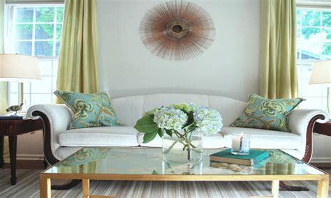 hgtv decor purple  green blue  green living room