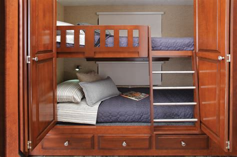 motorhome with bunk beds newmar bay star sport 3310