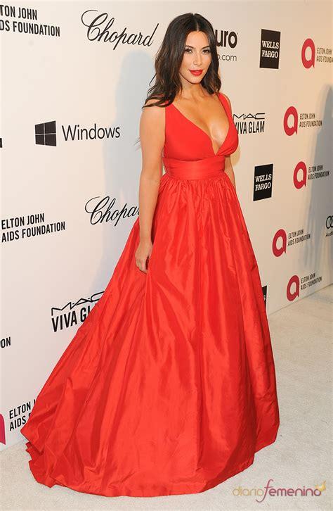 kim kardashian con un vestido de gucci morado y naranja los vestidos kim kardashian