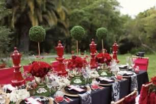Exquisite and elegant alice and wonderland wedding theme