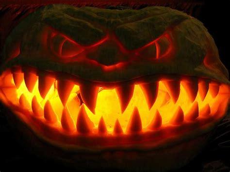 scariest halloween pumpkins  amazing extreme