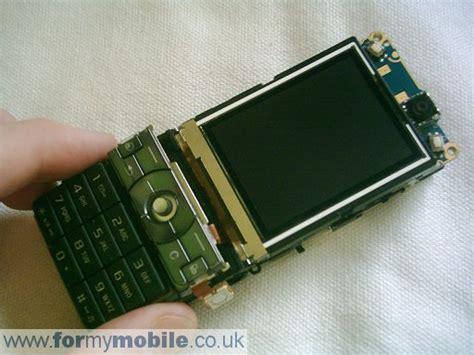 Sony Ericsson K800i Disassembly