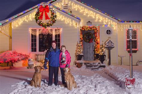 how to hang christmas lights outdoors best spots to hang outdoor lights ebay