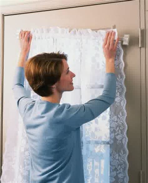 Magnetic curtain rods easy way to install window curtains homesfeed