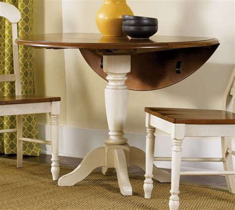 Pedestal Table Bases For Dining Rooms by Small Dining Room Spaces With Pedestal Dining Table