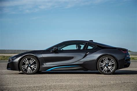 bmw supercar bmw i8 plug in hybrid sports car pictures and details video
