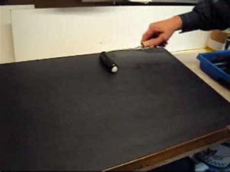 whiteboard selber machen whiteboardfolie nass auf einer alten schultafeln verkleben