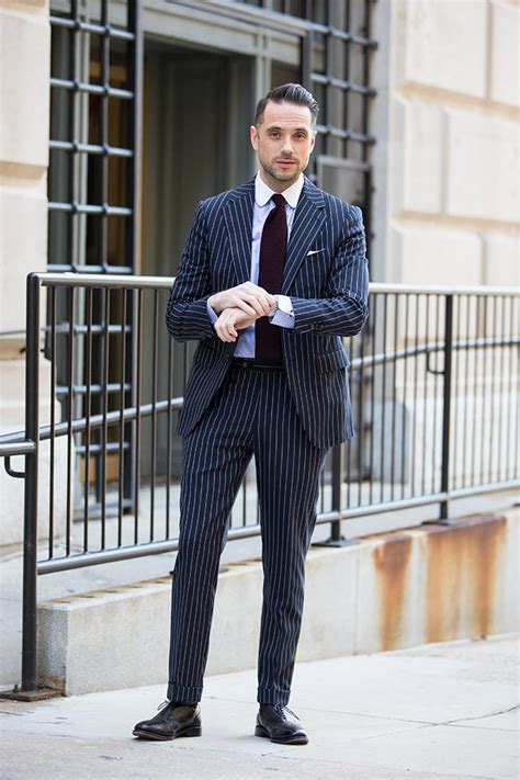 what color shoes with navy suit what shoes to wear with a navy blue pinstripe suit style