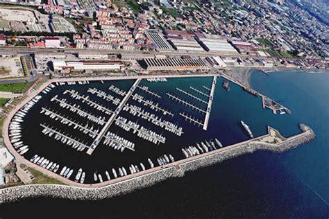 porto castellammare di stabia castellammare di stabia na turismo e ormeggi