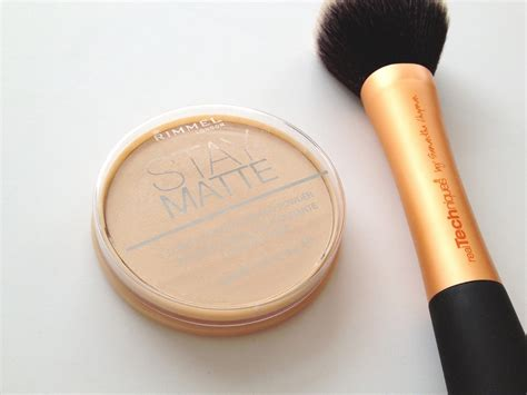 Rimmel Stay Matte Powder rimmel stay matte pressed powder transparent review