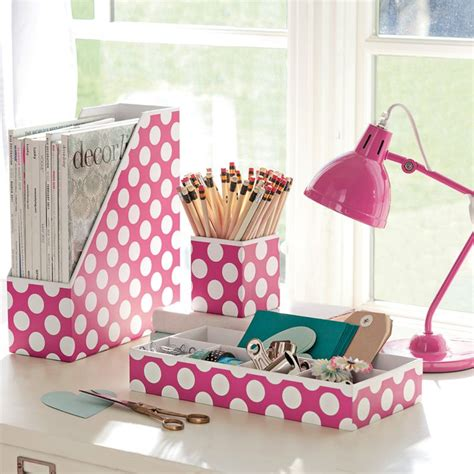 Polka Dot Desk Accessories Simple Rooms That Use Polka Dot Design Twists To Look Adorable