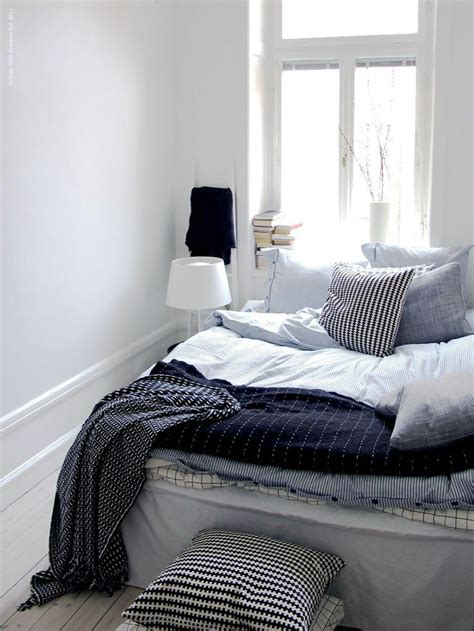 amazoncom beautiful white  blue striped pattern duvet cover  pillowcases queen size ikea