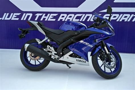 Teringann All New Yamaha R15 ini spesifikasi yamaha all new r15 republika