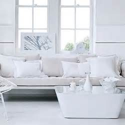All Shades Of White: 30 Beautiful Living Room Designs   DigsDigs