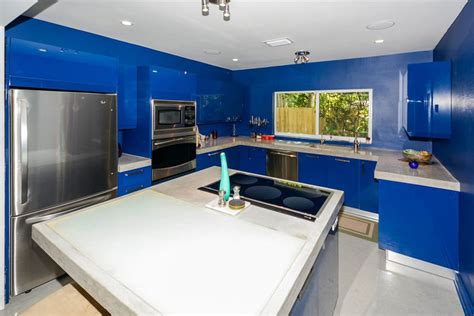 blue kitchen walls with white cabinets 25 blue and white kitchens design ideas designing idea