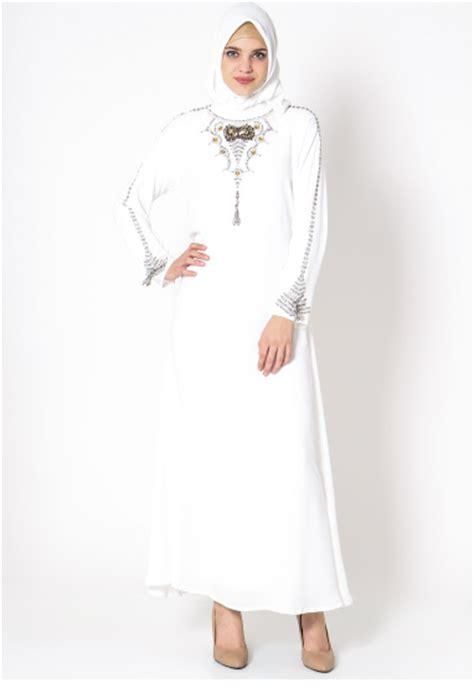 Gamis Wanita Warna Putih tilan model gamis muslim warna putih paling modis ditahun 2018