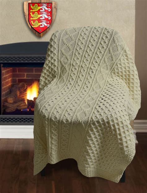 sofa throws ireland 749 best images about crochet afghans blankets on