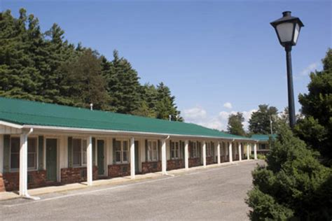 hotels motels in the blue ridge parkway area
