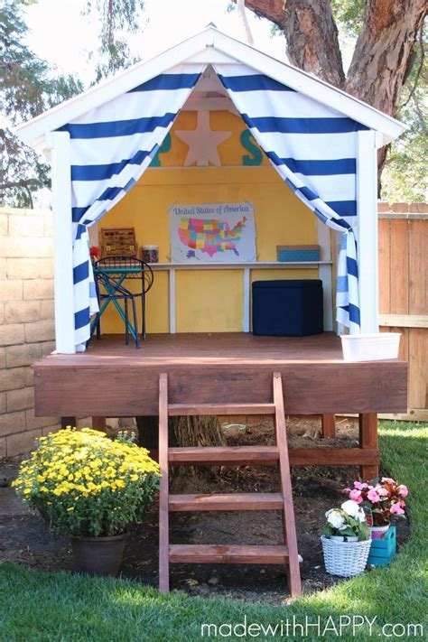 Backyard Clubhouse Ideas 25 Best Ideas About Simple Playhouse On Forts For Clubhouse And Pallet