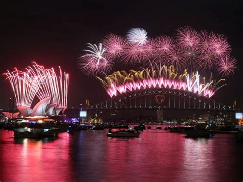 new year fireworks sydney 2015 drone goes inside fireworks for 360 degree explosions cnet