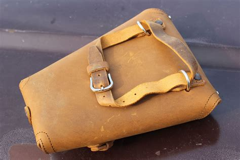 saddleback leather pistol wrap review gunsamerica digest