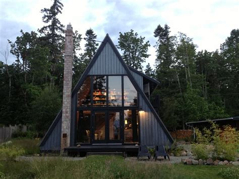 aframe homes 30 amazing tiny a frame houses that you ll actually want to live in