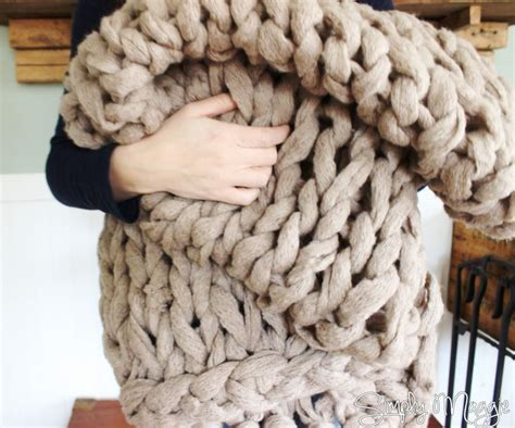 how to finger knit a blanket 17 best ideas about arm knitting tutorial on