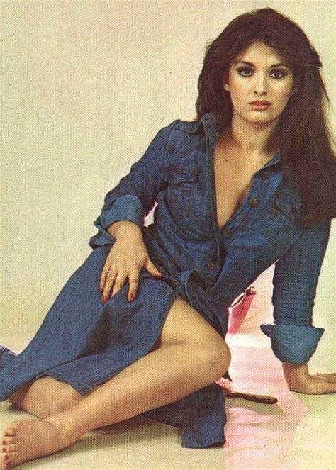 celebrity movie ar actress mujde ar loving the dress the turkish side 2019