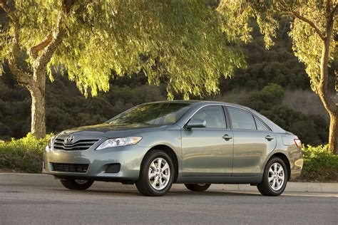 2011 Toyota Camry Type 2011 Toyota Camry Review Ratings Specs Prices And
