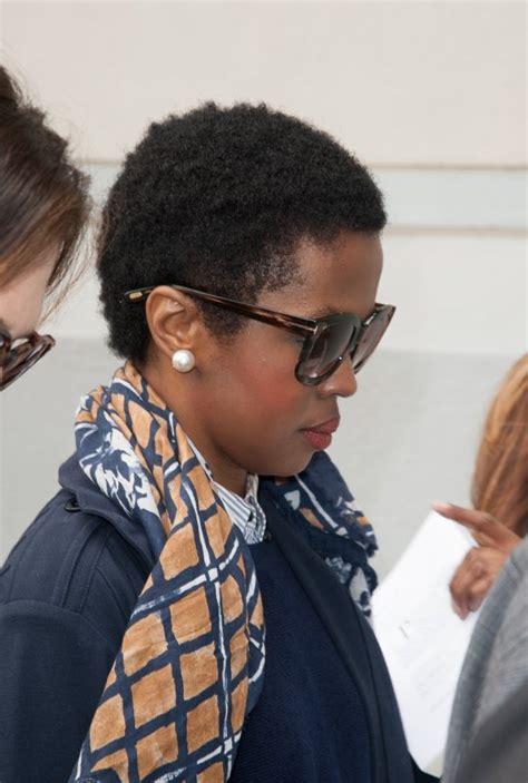 women haircutting in prison lauryn hill starts prison sentence