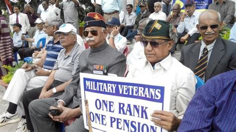 7cpc for pension ex serviceman latest news orop talks hit stalemate over pension issue stir