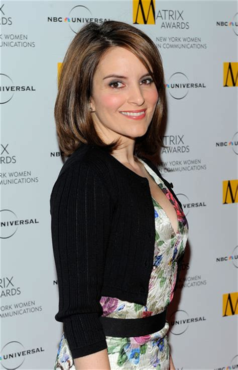 what type of hair does tina fey have how to get tina feys hair hairstylegalleries com