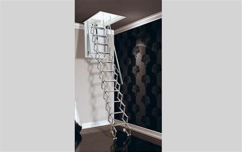 scale pieghevoli per soffitte oltre 25 fantastiche idee su scale sospese su