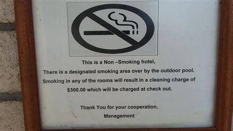 no smoking sign hotel ground floor room interior picture of econo lodge