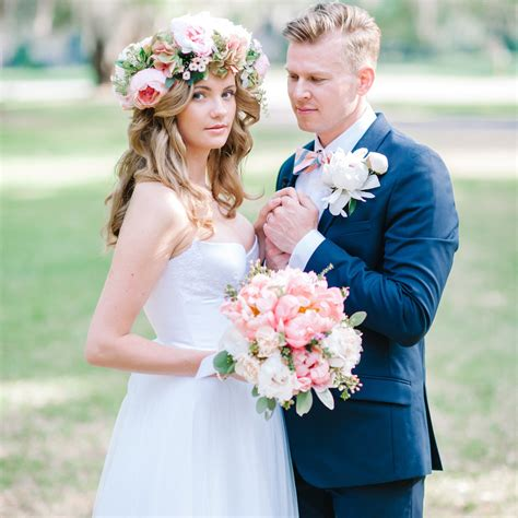 Wedding Hair With Real Flowers by 50 Stunning Ways To Wear Flowers In Your Hair Bridalguide