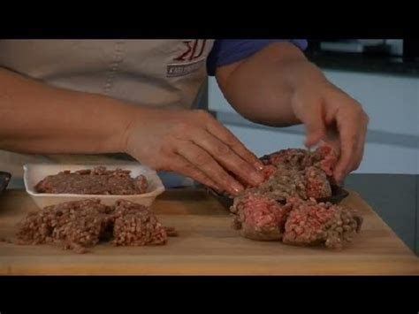 is hamburger meat spoiled when it turns grey or brown before cooking meat preparation tips