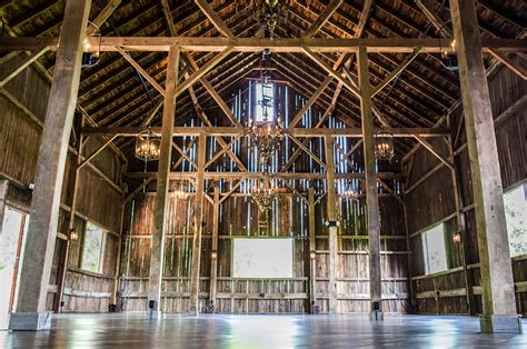 Wedding Venues Milwaukee by Milwaukee S Rustic Wedding Venues Chef S Catering