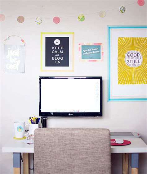 creative ways to hang posters apartment tips washi washi diy projects washi