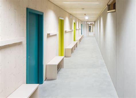 Sitzbank Flur Schule by Die R 228 Umliche Gestaltung Und Kreativer M 246 Belbau F 252 R Schule