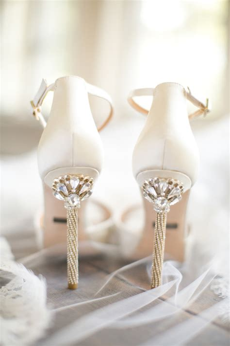 Beautiful Wedding Shoes by 12 Of The Most Popular Wedding Shoes Weddingsonline Ae