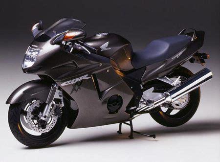 honda cbr 1100 xx super fast bikes honda cbr 1100 xx
