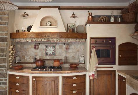piastrelle per taverna stunning cucina rustica per taverna photos ideas