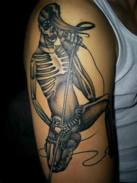tattoo maker on arm tattoo pictures