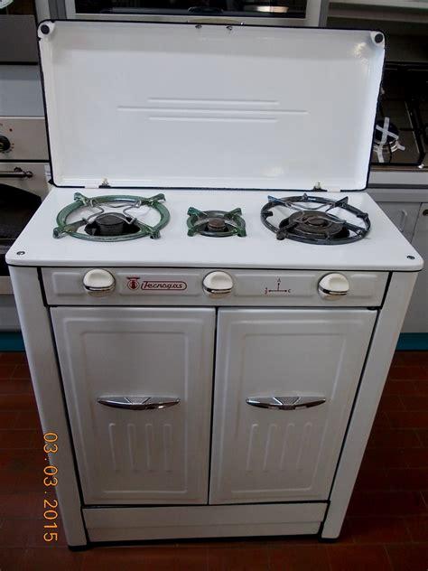 cucina economica gas mobili moderni bagno