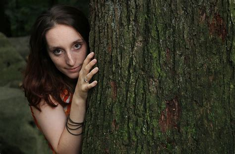 0008288607 the girl in the woods girl in the woods photographie thomas langens aachen
