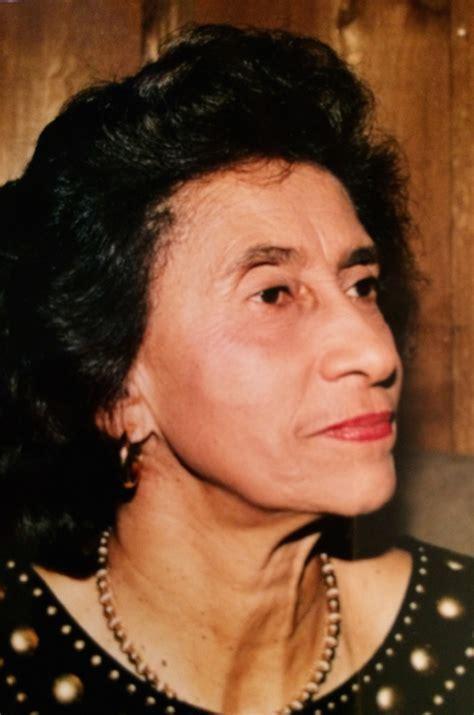 Gloria Mba Biography by The Vineyard Gazette Martha S Vineyard News Gloria Darden