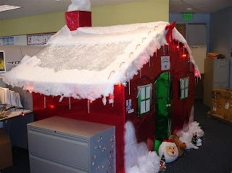 cubicle holiday decorating contest themes office decorating ideas get smart workspaces