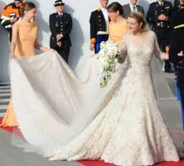 Royal Blue Valance 2012 S Most Stylish Brides Beauty Hair And Fashion Looks