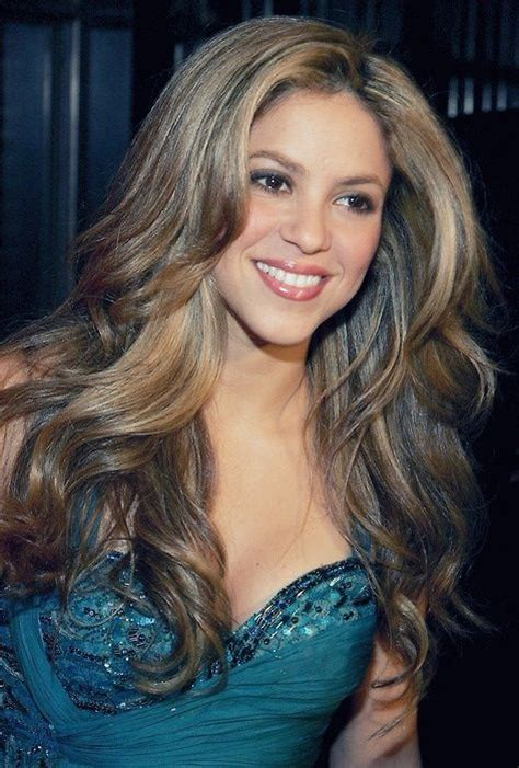 shakira s hair is amazing hair pinterest shakira hair color 28 images shakira hairstyles