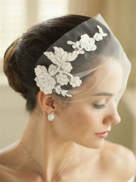 Wedding Hairstyles With Lace Veil by 39 Stunning Wedding Veil Headpiece Ideas For Your 2016